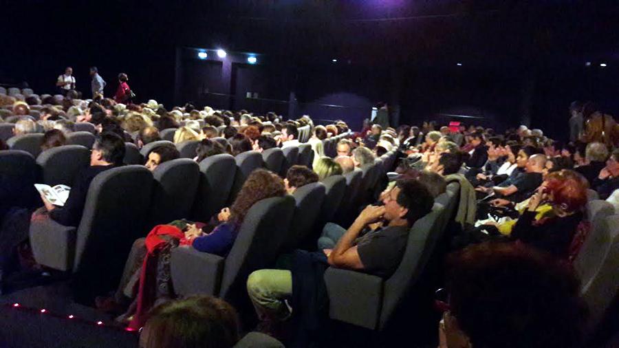 Cine TNB comblé pour l'Homme qui répare les femmes