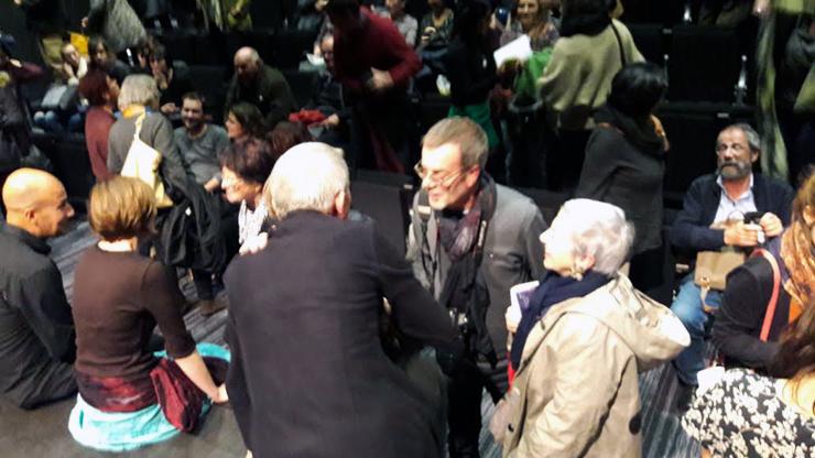 Dialogue entre le public et les acteurs