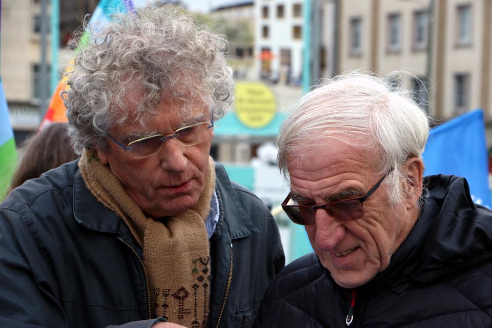 Roland et Benoit révisent les textes